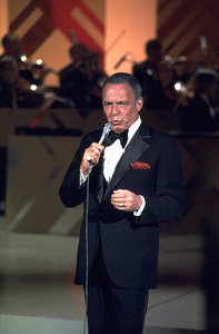 "Frank Sinatra ""Sinatra and Friends"" 1977 ABC TV Special © 1978 Bud Gray - Image 0337_1033"