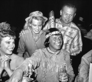 Frank Sinatra, Juliet Prowse and Angie Dickinson at a share party circa 1962 © 1978 David Sutton - Image 0337_1258