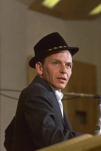 Frank Sinatra during a Capitol Records recording session 1959© 1978 Sid Avery - Image 0337_1473