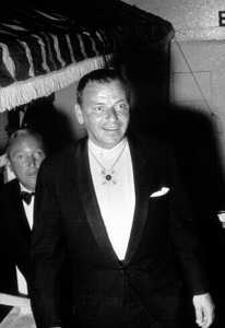 Frank Sinatra at Emmy Awards, c. 1969. © 1978 Gunther - Image 0337_1526