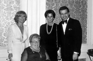 Sinatra Family: Nancy Sinatra, Dolly Sinatra, Tina Sinatra, Frank Sinatra Jr. at Scopus Awards 1976 © 1978 David Sutton - Image 0337_1611
