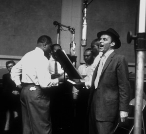 Frank Sinatra with the Nuggets at a Capitol Records recording session /1956 © 1978 Sid Avery - Image 0337_1799