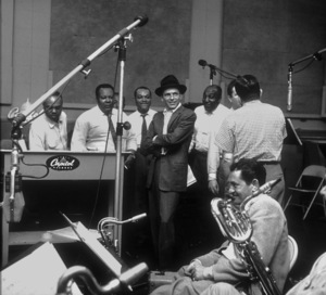 Frank Sinatra with the Nuggets at a Capitol Records recording session/1955 © 1978 Sid Avery - Image 0337_1801