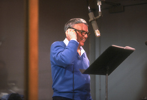 """Frank Sinatra at the Reprise recording session of """"L.A. Is My Lady"""" / A&R Studios, New York / 1984 © 1984 Ed Thrasher - Image 0337_1985"""