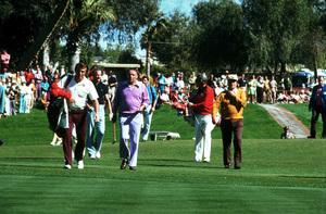 Frank Sinatra golfing with Spiro Agnew, c. 1975Photo by: Lester Nehamkin - Image 0337_2200