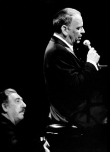 Frank Sinatra and Al Viola performing at Caesar