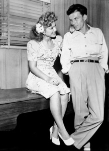 Frank Sinatra, c. 1943 - Image 0337_2266