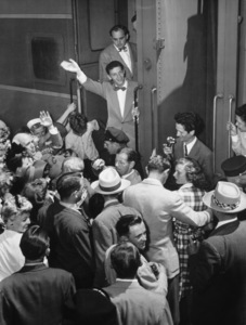 Frank Sinatra arrives in Hollywood for his first RKO filmcirca 1943 - Image 0337_2297