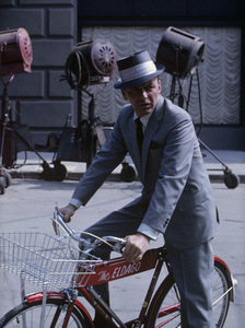 """Frank Sinatra during the making of """"Come Blow Your Horn""""1962 © 1978 Ted Allan - Image 0337_2594"""