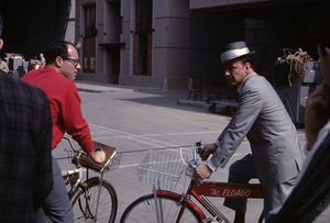 """Frank Sinatra on the Paramount backlot during the making of """"Come Blow Your Horn""""1962© 1978 Ted Allan - Image 0337_2783"""