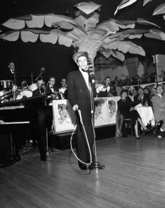 Frank Sinatra performing at the Copacabana (nightclub) in New York circa 1943 © 1978 Barry Kramer