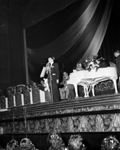 Frank Sinatra performing at the Paramount Theater in New Yorkcirca 1944© 1978 Barry Kramer - Image 0337_2851