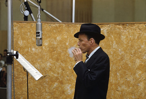 Frank Sinatra at a Capitol Records recording session in Los Angeles circa 1957 © 1978 Sid Avery ** R.A.C. - Image 0337_2912