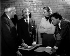 Richard Burton, Dorothy McGuire, Lawrence Lang1951Copyright John Swope Trust / MPTV - Image 0406_0532