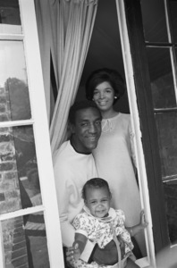 Bill Cosby at home with his daughter Erika and wife Camille1966 © 1978 Gunther - Image 0506_0578