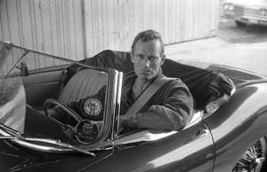 Charlton Heston at home with his 1967 Jaguar E-Type 4.2 OTS circa 1967 © 1978 David Sutton - Image 0527_0476