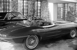 Charlton Heston at home with his 1967 Jaguar E-Type 4.2 OTS circa 1967 © 1978 David Sutton - Image 0527_0477