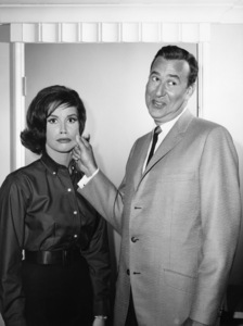 """The Dick Van Dyke Show"" Mary Tyler Moore, Carl Reinercirca 1960s** I.V. - Image 0565_0022"