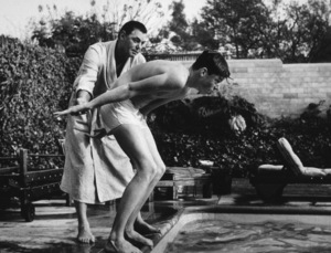 Johnny Weissmuller with John Jr., in L.A., 1955. Photo: Ernest Reshovsky © 1978 Marc Reshovsky - Image 0579_0108
