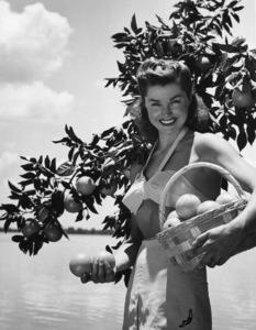 Esther Williams1947 - Image 0581_0821
