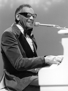 """Ray Charles performing on """"Johnny Cash: Spring Fever""""5-7-1978** H.L. - Image 0591_0025"""
