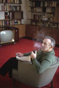Lee J. Cobb at home1963 © 1978 Gene Trindl - Image 0592_0037