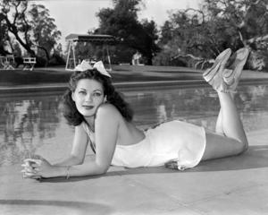 Yvonne De Carlocirca 1945** I.V. / M.T. - Image 0596_0078