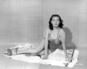 Yvonne De Carlo circa 1948** I.V. / M.T. - Image 0596_0083