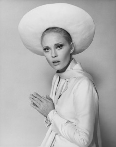 "Faye Dunaway""The Thomas Crown Affair""1968 United Artists - Image 0601_0205"