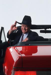 Larry Hagmanin a Cadillac Allante1986 © 1986 Mario Casilli - Image 0615_0038