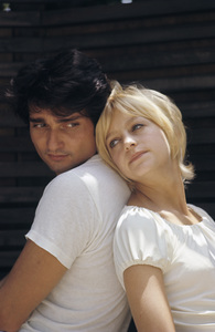 Goldie Hawn at home with her husband Gus Trikonis1969 © 1978 Gunther - Image 0616_0135