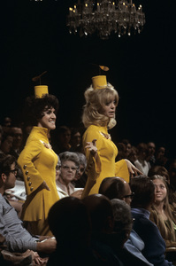Goldie Hawn and Ruth Buzzi1970© 1978 Gene Trindl - Image 0616_0155