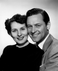 William Holden with wife Brenda Marshall1949 Paramount / **I.V. - Image 0623_0150