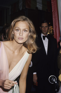 "Lauren Hutton at ""The 47th Annual Academy Awards""1975 © 1978 Gary Lewis - Image 0627_0070"