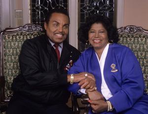 "Joseph ""Joe"" Jackson and Katherine Jackson at their home in Encino, CA 1989 © 2009 Bobby Holland - Image 0628_0081"
