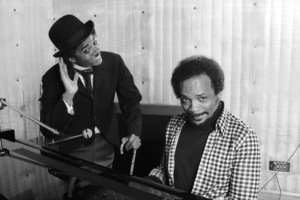 Michael Jackson and Quincy Jones composing songs in a Los Angeles recording studio 1979 © 2009 Bobby Holland - Image 0628_0109