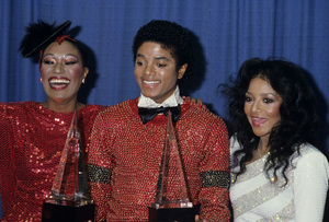 """Michael Jackson with Bonnie Pointer and La Toya Jackson at """"The American Music Awards""""1981© 1981 Gary Lewis - Image 0628_0170"""