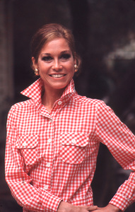 Mary Tyler Moore at home 1973 © 1978 Gunther - Image 0645_0054