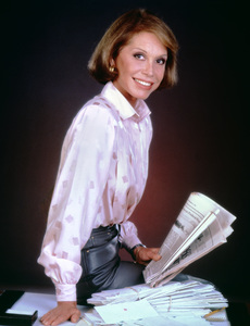 Mary Tyler Moore1985** H.L. - Image 0645_0094
