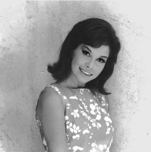 Mary Tyler Moore1969**I.V. - Image 0645_0118
