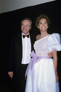 "Mary Tyler Moore and Jack Lemmon at ""The 53rd Annual Academy Awards""1981© 1981 Gary Lewis - Image 0645_0138"