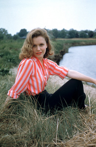 Lee Remick1956 © 2001 Mark Shaw - Image 0651_0018