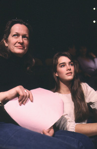 Brooke Shields with her mom, Teri, at rehearsal for a Bob Hope Special1981 © 1981 Gunther - Image 0656_0198