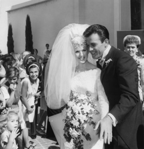 Connie Stevens at her wedding to James Stacy 1963 Photo by Joe Shere - Image 0658_0153