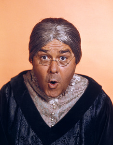 "Jonathan Winters as Maude Frickert on ""The Jonathan Winters Show"" circa 1968Photo by Gabi Rona - Image 0663_0026"