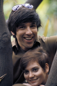 Lesley Ann Warren with Jon Peterscirca 1968 © 1978 Gunther - Image 0665_0007