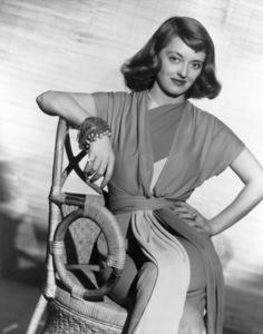 """Bette Davis, 1941.""""The Bride Came C.O.D."""" - Image 0701_0054"""