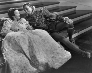 """The Private Lives Of Elizabeth And Essex""Bette Davis, Errol Flynn1939  - Image 0701_0137"