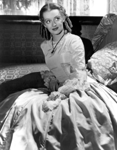 """Bette Davis""""The Old Maid"""" 1939. - Image 0701_0603"""