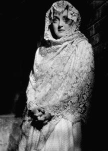 Bette DavisFilm Set/ Warner Bros.Letter, The (1940)Photo by George Hurrell0032701 - Image 0701_0746